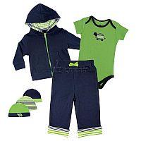 Стильный комплект для мальчика от Yoga Sprout, включающий в себя жакет на молнии с капюшоном, боди с распашным воротом и коротким рукавом, штаны с эластичным поясом на резинке и три шапочки разной расцветки, идеально подходит в качестве повседневной одежды и для прогулок в летний сезон. Модель отличается броским дизайном с контрастным сочетанием цветов. Все предметы изготовлены из качественного трикотажного материала. Наличие застежки на кнопки в нижней части боди обеспечивает удобство при переодевании малыша и значительно облегчает замену подгузника.<br>Состав материала: 100% хлопок.
